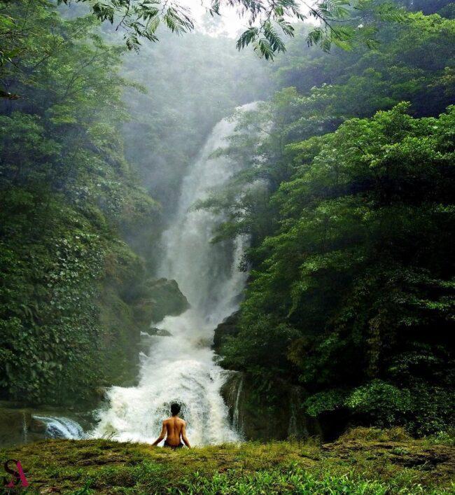Air terjun Lokomboro Wewewa Timur