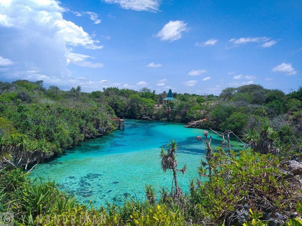 Danau Weekuri, Tempat wisata di Sumba Barat Daya