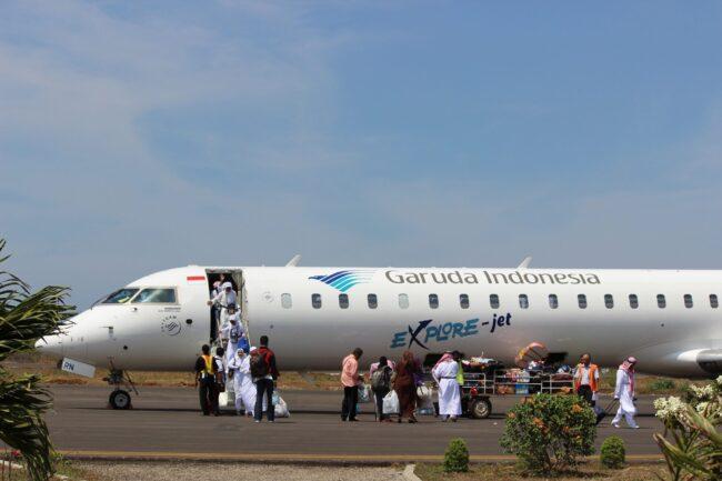 Naik pesawat ke Sumba