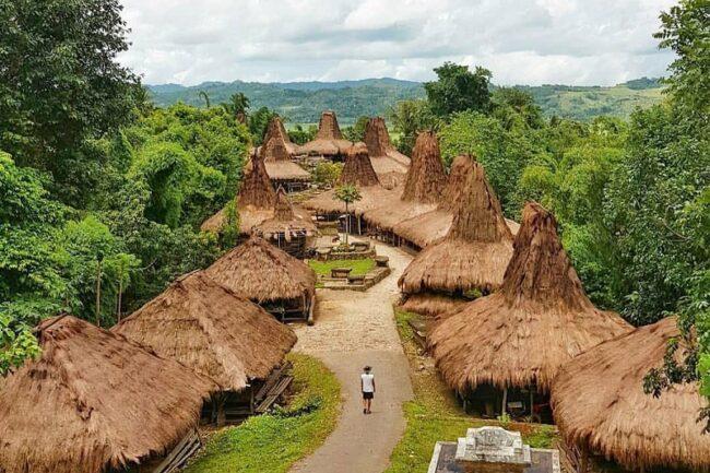 Kampung Adat Praijing, Tempat Wisata Sumba Untuk Lansia
