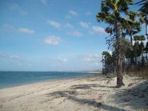 Pantai Benda di Sumba Timur, belum banyak dikunjungi wisatawan. Foto: Google Maps / Matthias Jungk