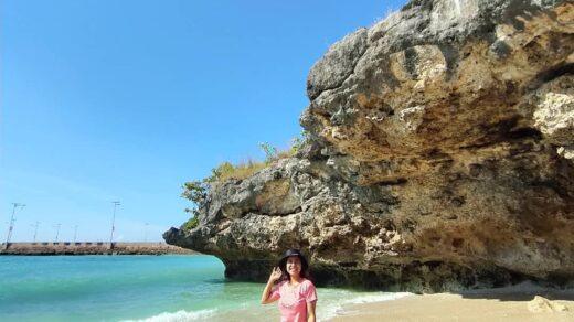 Pantai Bina Natu Tana Righu sumba
