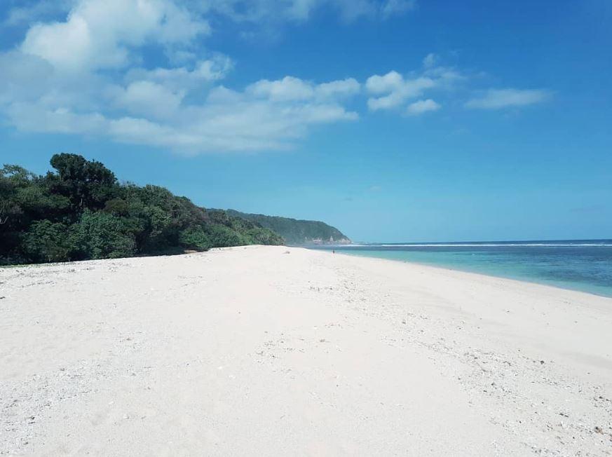 Pantai Katobo Sumba