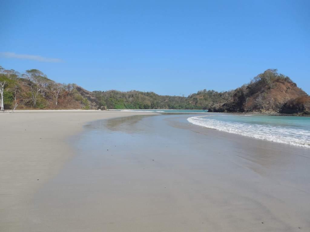 Pantai Konda sumba