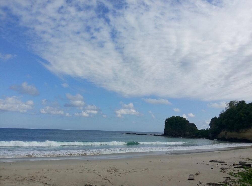 Pantai Lailiang Sumba, Tripsumba.com