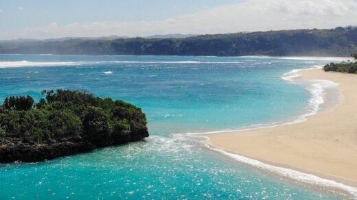 Pantai Marosi Lamboya Sumba