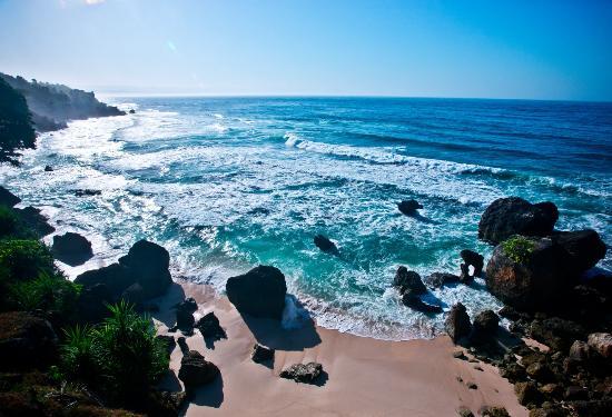 Pantai Nihioka Sumba