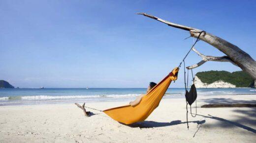 Pantai Pahiwi Sumba Top