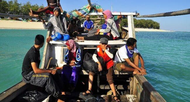 cara menuju Pulau Salura Sumba