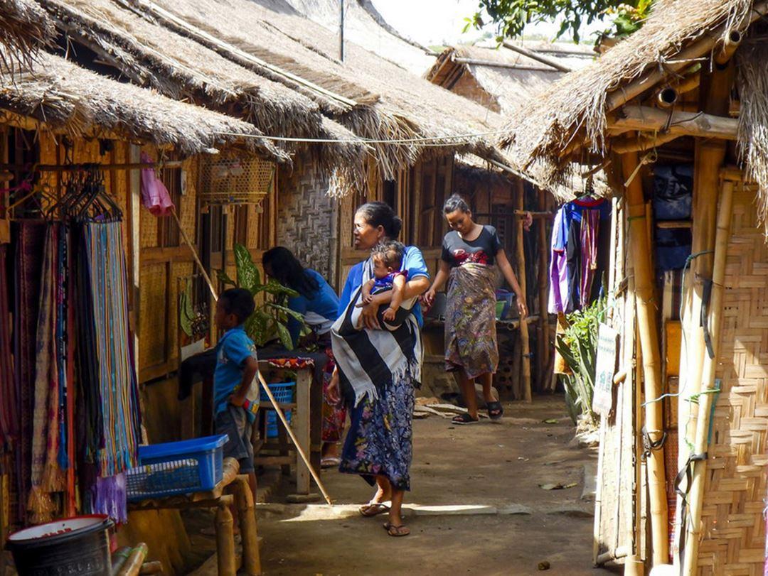 Wisata Budaya Desa Sade