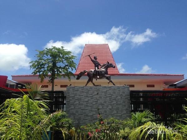 Bandara Sumba Barat