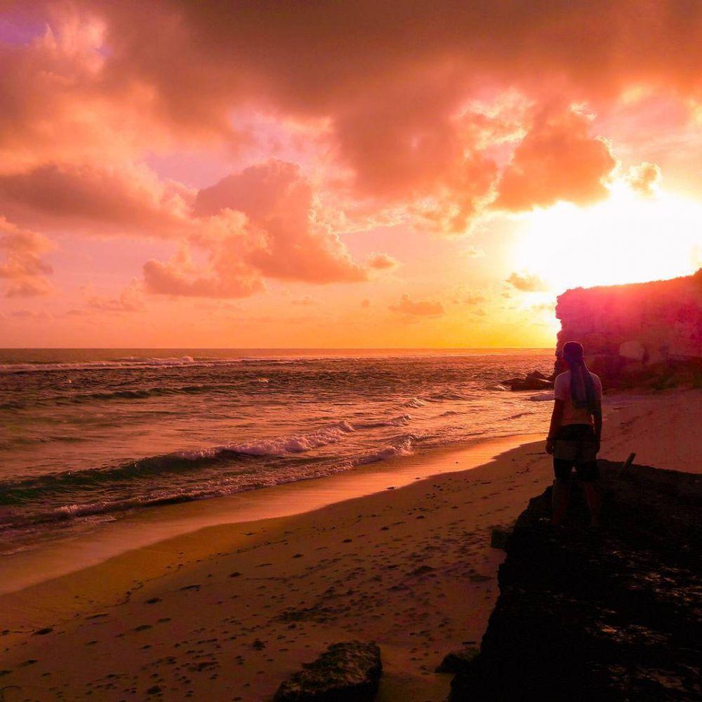 watubela beach