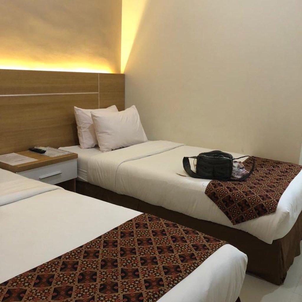 Ella hotel, Hotel Murah Di Tambolaka